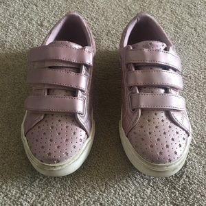 Gymboree Easy-On Straps Sneakers in Pink Size 1